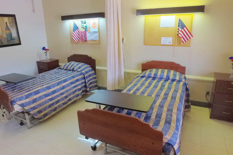south-heritage-patient-bedroom-02-beds